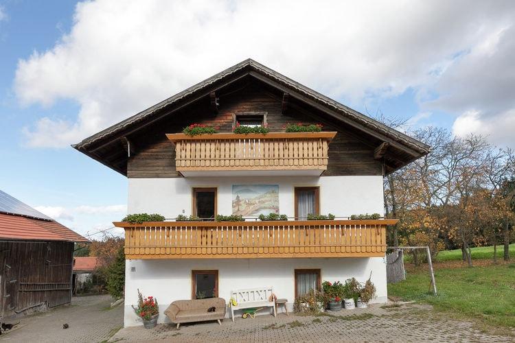 Appartement met zwembad met wifi  BeierenUrlaub auf dem Bauernhof