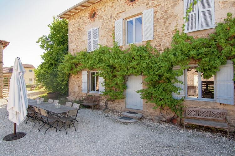 Frankrijk | Limousin | Vakantiehuis te huur in Saint-Leonard-de-Noblat met zwembad  met wifi 15 personen