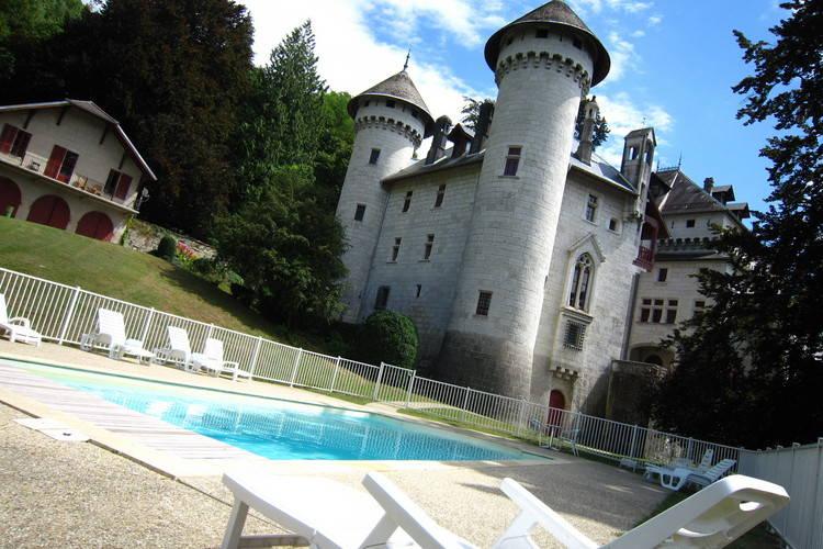 Vakantiehuizen Frankrijk | Rhone-alpes | Kasteel te huur in Serrieres-en-Chautagne met zwembad  met wifi 6 personen