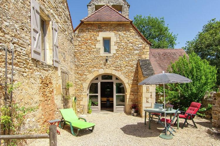 Vakantiehuizen Frankrijk | Dordogne | Vakantiehuis te huur in Saint-Aubin-de-Nabirat met zwembad  met wifi 3 personen