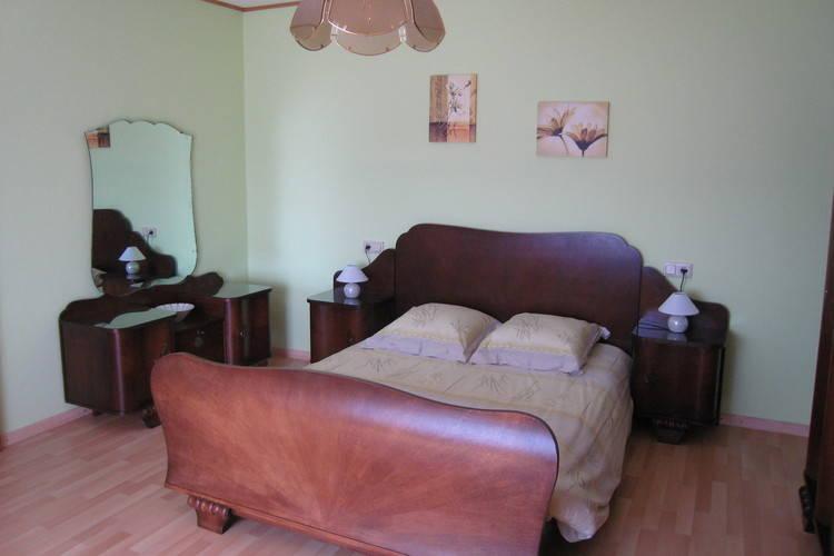 Ref: LU-9976-01 4 Bedrooms Price