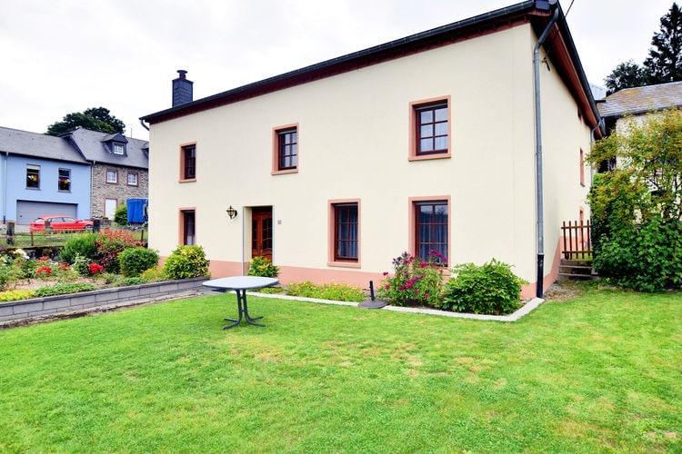 Sfeervolle, gerenoveerde woning met tuin in een landelijk dorpje op een heuvel
