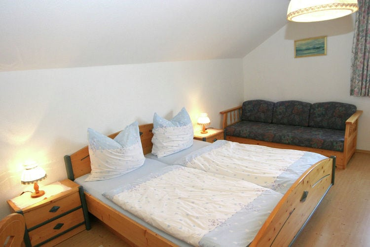 Ref: AT-8982-09 3 Bedrooms Price