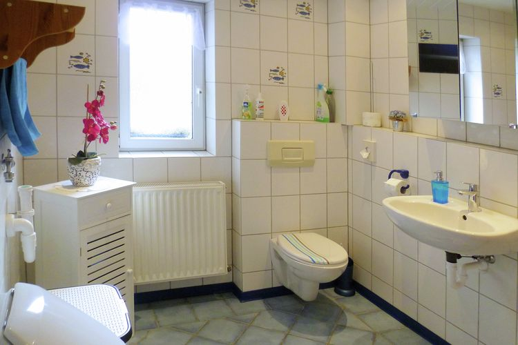 Appartement Duitsland, Nedersaksen, Lüdersfeld Appartement DE-31702-01