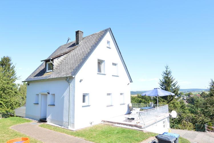 Vrijstaand vakantiehuis met prachtig uitzicht over de Hunsrück