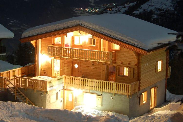 Vakantiehuizen Zwitserland | Jura | Chalet te huur in La-Tzoumaz   met wifi 14 personen