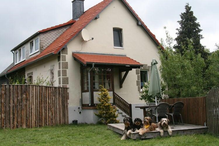 Appartement  met wifi  Diemelsee-Stormbruch  Mooie accommodatie in het Hochsauerland, rustige locatie met met tuin - honden toegestaan