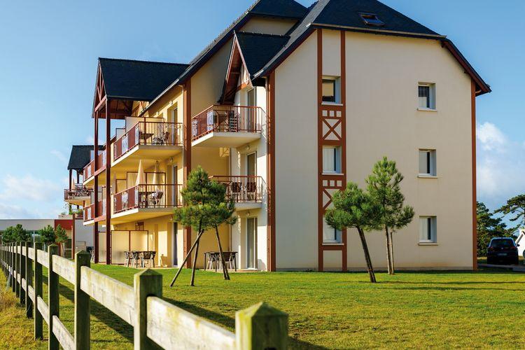 Bretagne Vakantiewoningen te huur Modern en ruim appartement op park met zwembad dichtbij strand en golfbaan