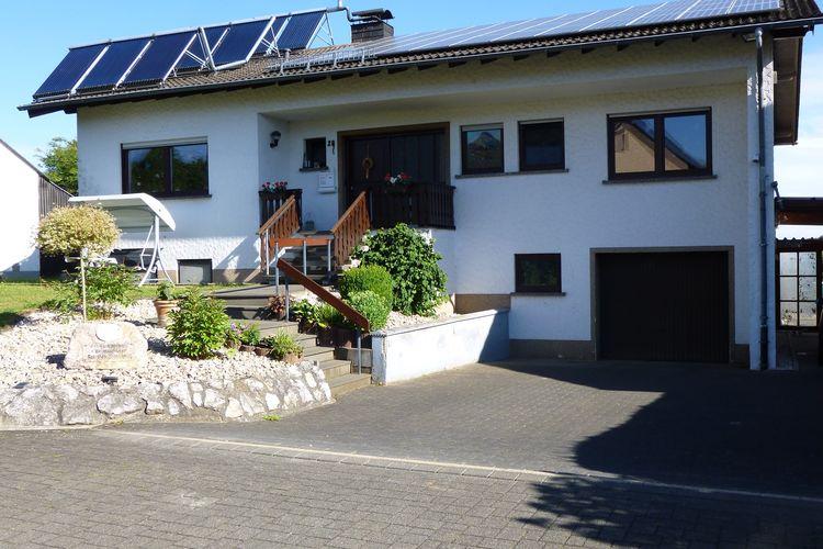 Appartement  met wifi  Üxheim-Leudersdorf  Moderne woning gelegen aan de rand van een klein dorpje