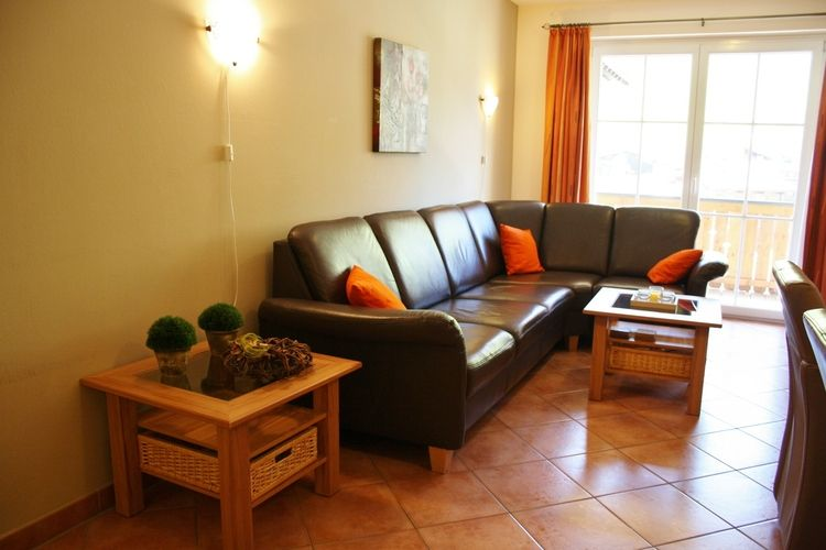 Ref: AT-5753-19 3 Bedrooms Price