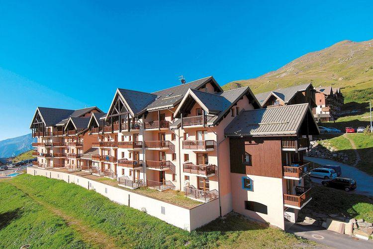 Les Lumieres de Neige Valmeinier Northern Alps France