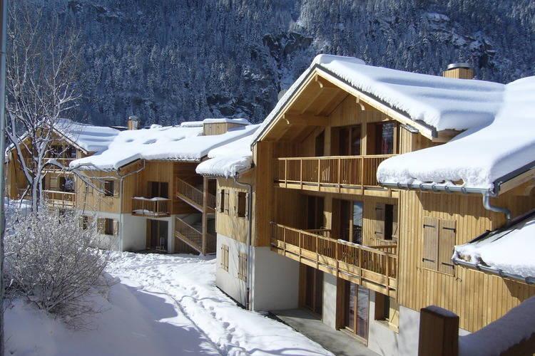 Appartement met zwembad met wifi  Orelle  Le Hameau des Eaux d