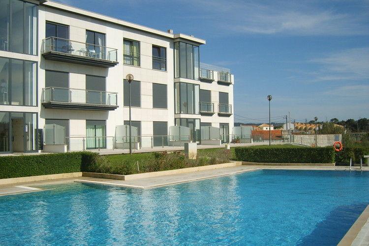 Appartement met zwembad met wifi aan zee  PortugalMedros