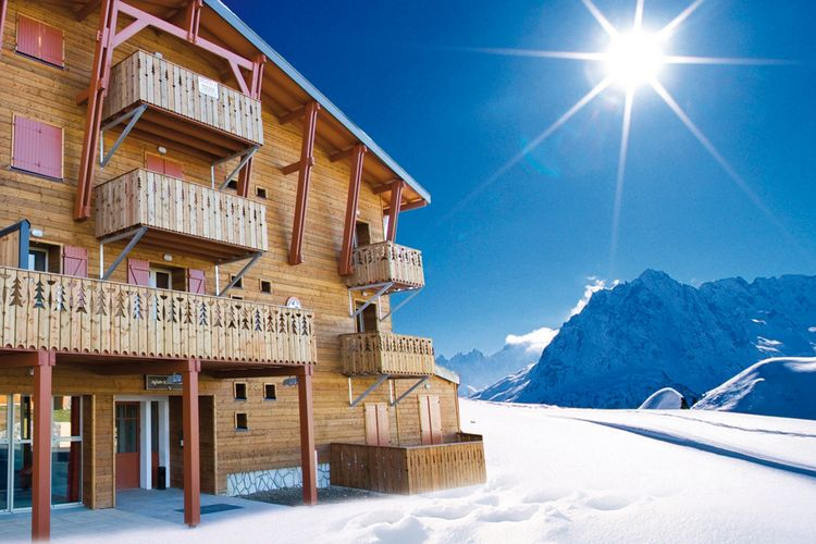 Residence Les Chalets de l'Adet 1