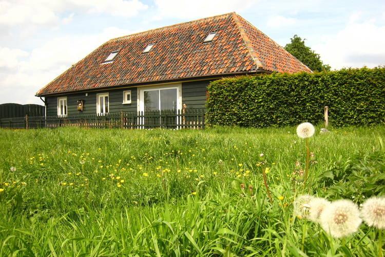 Vakantiewoning  met wifi  Zele  Charmant vakantiehuis in typisch Vlaams landschap met akkers, weiden en bos