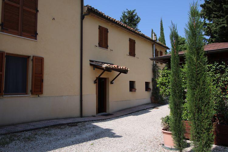 Domus - Accommodation - Monte Carotto