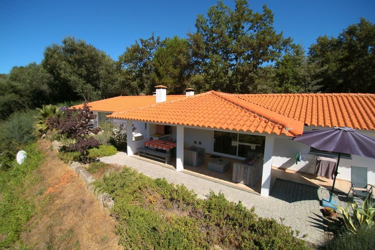 Vakantiehuizen Portugal | Centraal-Portugal | Vakantiehuis te huur in Covas met zwembad  met wifi 5 personen