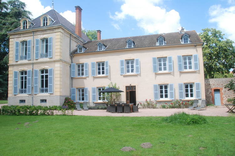 Vakantiehuizen Ardeche te huur La-Pacaudiere- FR-42310-03 met zwembad  met wifi te huur