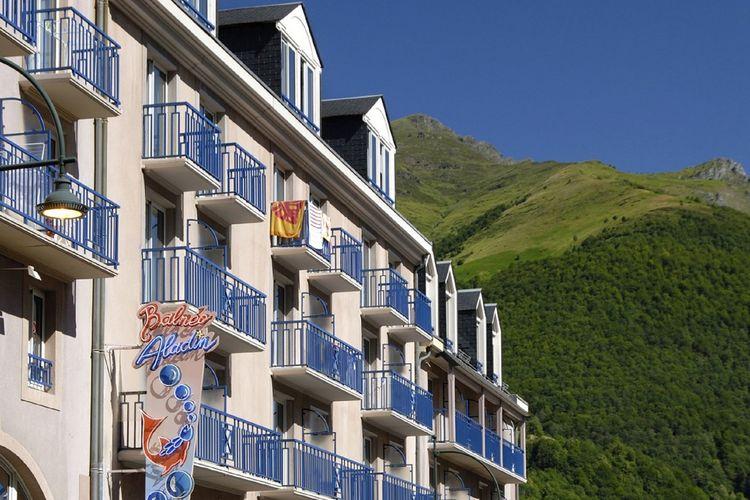 Appartement  met wifi  Cauterets  Appartement in résidence in het pittoreske Cauterets met haar thermale baden in de Pyreneeën