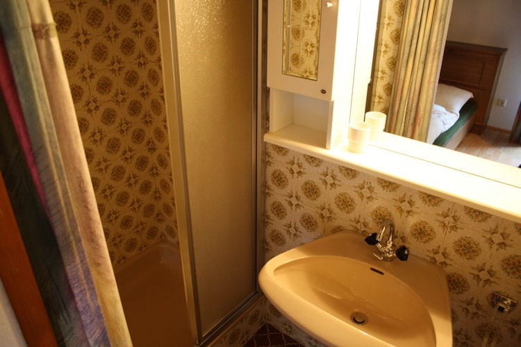Ref: AT-5542-30 3 Bedrooms Price