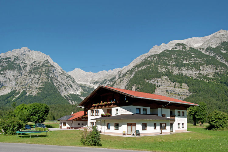 Vakantiehuizen Oostenrijk | Tirol | Appartement te huur in Leutasch   met wifi 2 personen
