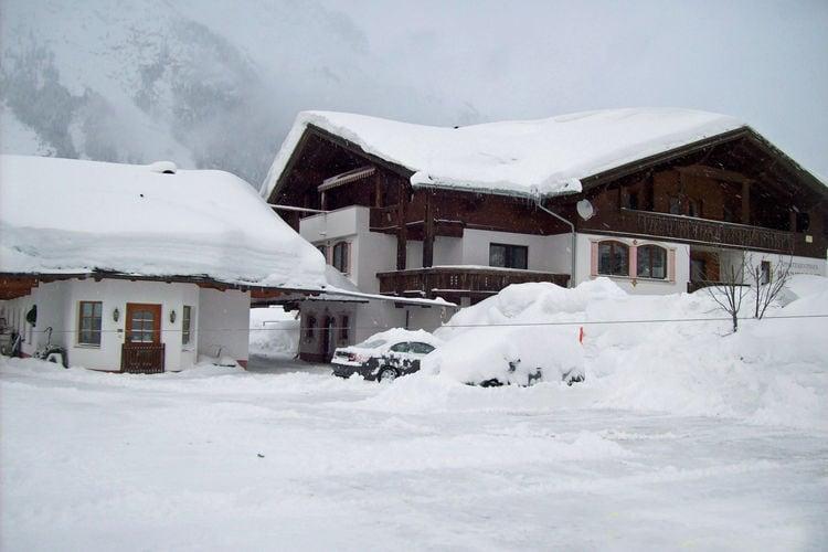 Vakantiehuizen Oostenrijk | Tirol | Appartement te huur in Leutasch   met wifi 4 personen