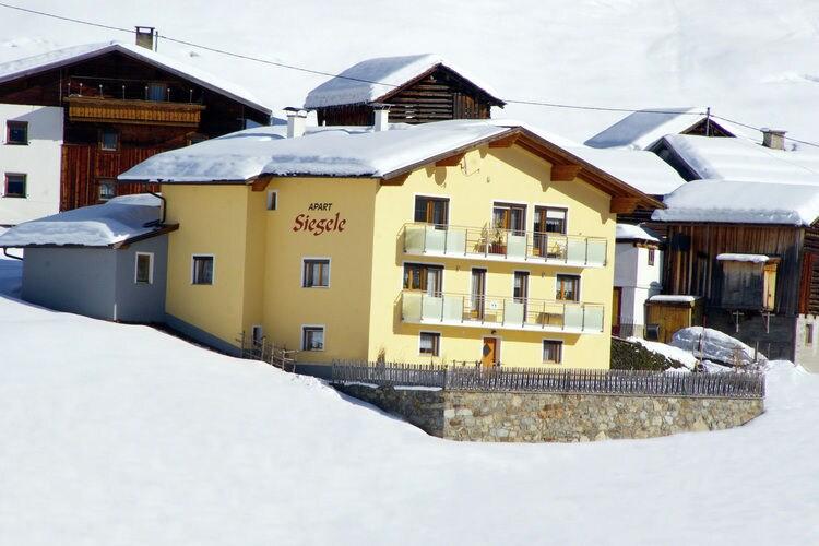 Vakantiehuizen Oostenrijk | Tirol | Boerderij te huur in See   met wifi 6 personen