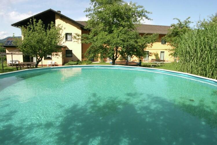 Appartement met zwembad met wifi  KaerntenUnterbergen