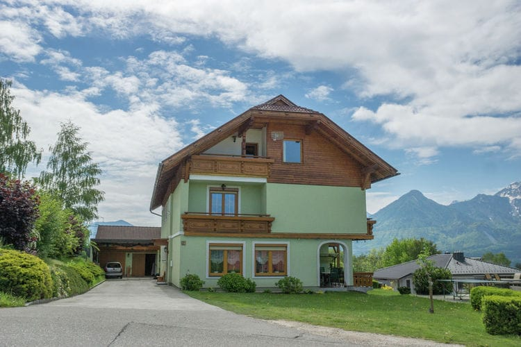 Appartement met zwembad met wifi  Ludmannsdorf  Familienhaus Rosental
