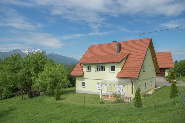 Appartement met zwembad met wifi  Ludmannsdorf  Rosental