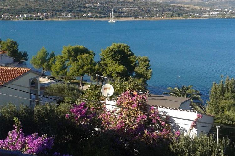 vakantiehuis Kroatië, eld, Trogir - Ciovo / Misevac vakantiehuis HR-21220-03