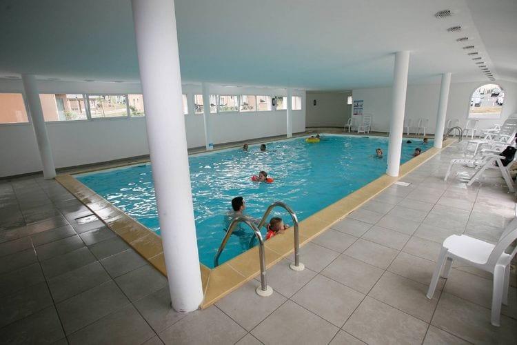 Vakantiehuizen Frankrijk | Bretagne | Vakantiehuis te huur in Le-Tronchet met zwembad  met wifi 8 personen