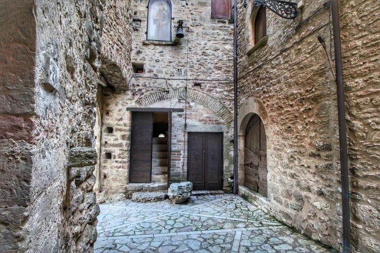 Kasteel Italië, Umbrie, Gualdo Cattaneo Kasteel IT-06035-07
