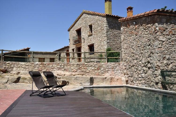 Spanje | Costa-de-Barcelona | Boerderij te huur in Sant-pau-de-la-Guardia-El-Bruc met zwembad  met wifi 6 personen
