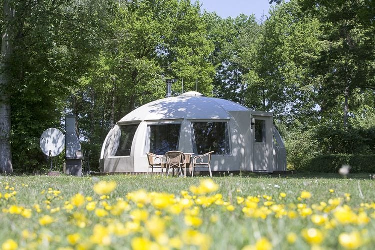 Chaam Vakantiewoningen te huur Vrijstaande iglo-bungalow, gelegen op een natuurrijk park met oa. visvijver