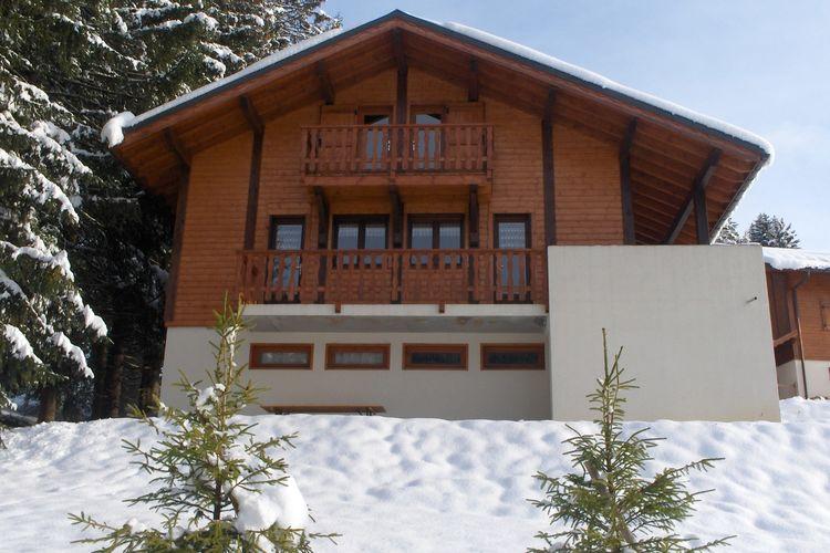 Chalet  met wifi  Les Gets  Vrijstaand chalet met sauna en slechts 700 m van het centrum