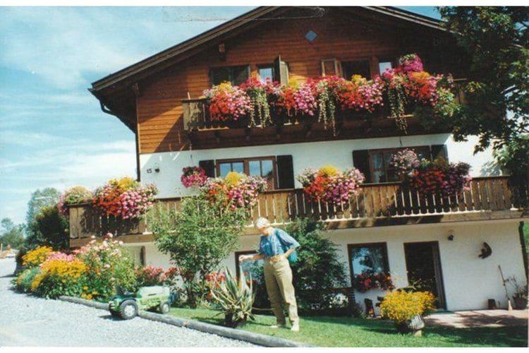 Appartement huren in Bad-Kohlgrub -   met wifi  voor 2 personen  Sfeervol, landelijk gelegen vakant..