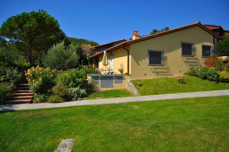 Mooie vrijstaande villa ten noorden van Florence