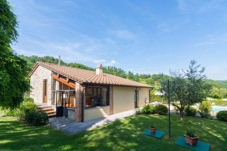 Dicomano Vakantiewoningen te huur Mooie vrijstaande villa ten noorden van Florence