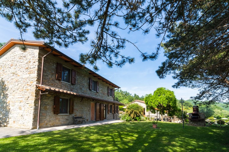 Vakantiehuizen Italie | Toscana | Vakantiehuis te huur in Dicomano met zwembad  met wifi 6 personen