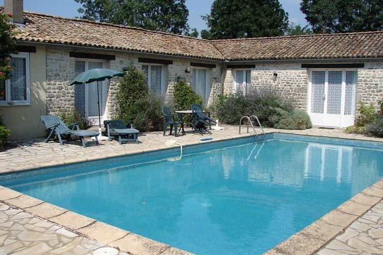 Frankrijk | Pays-de-la-loire | Vakantiehuis te huur in Souvigne met zwembad  met wifi 6 personen