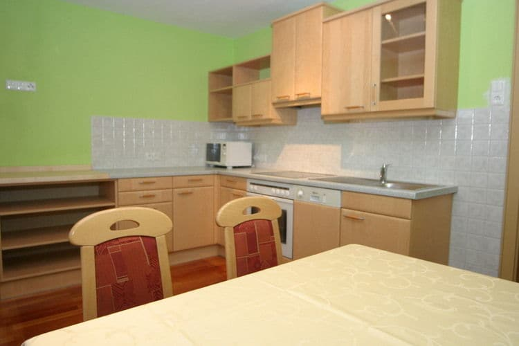 Ref: AT-9863-22 3 Bedrooms Price