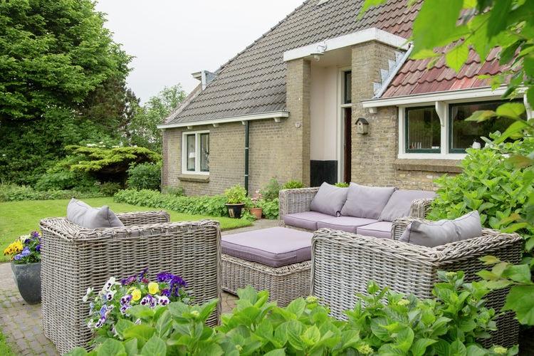 Nederland | Friesland | Boerderij te huur in Molkwerum   met wifi 6 personen
