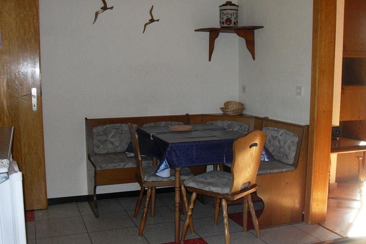 Ref: DE-54579-09 2 Bedrooms Price