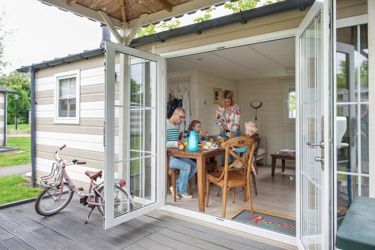 met je hond naar dit vakantiehuis in Kamperland