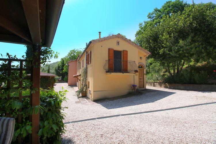 Boerderij Italië, Marche, Monte Carotto Boerderij IT-60036-03