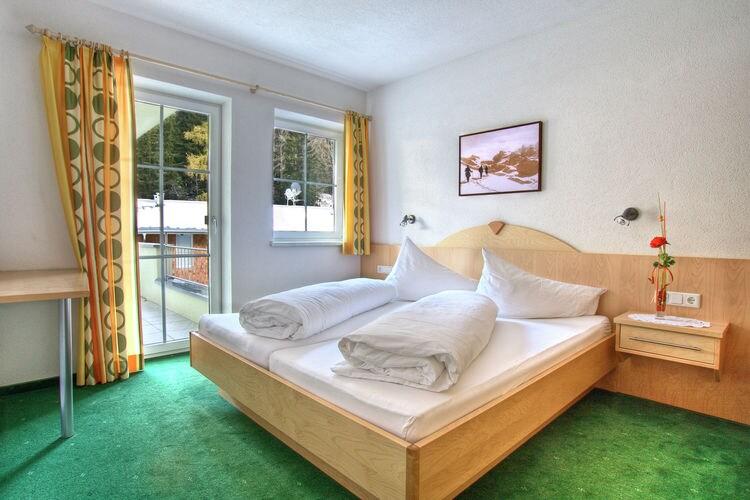Vakantiehuizen Oostenrijk   Tirol   Appartement te huur in Sankt-Anton-am-Arlberg   met wifi 6 personen