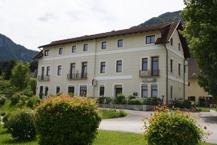 Appartement met zwembad met wifi  KaerntenFerlach