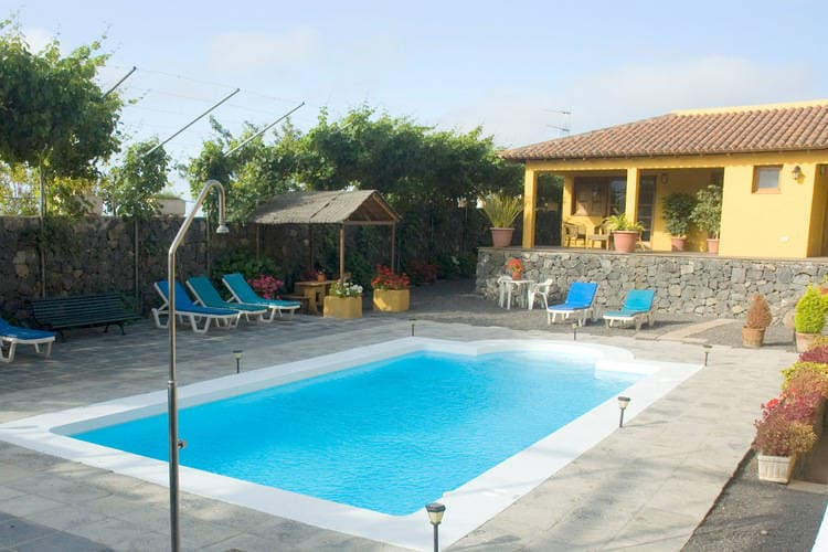 Appartement met zwembad met wifi  Los Realejos, Tenerife  La Tanquera Estudio