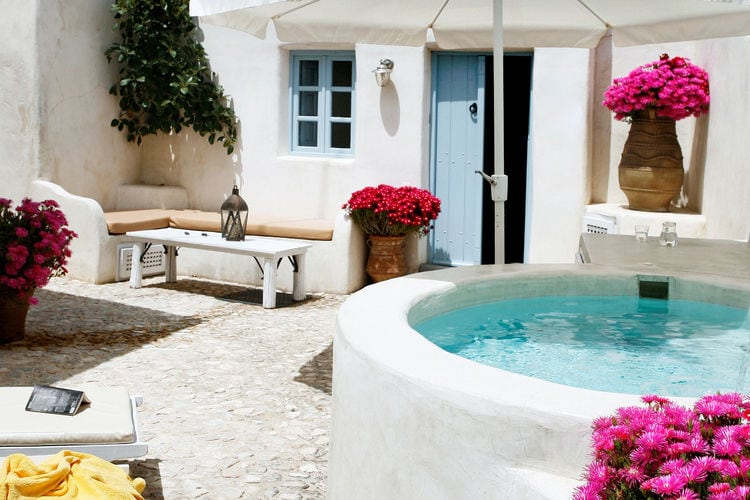 Ferienhaus Luxuriöse Villa mit Whirlpool in Megalochori Santorini (365026), Thira, Santorini, Kykladen, Griechenland, Bild 1